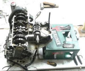 Getriebe neu in Motor