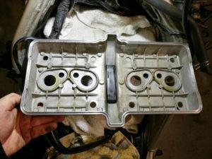 ZZ-R 600 - Ventildeckel montieren, vorher reinigen