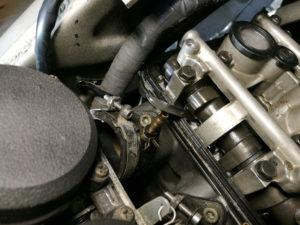 ZZ-R 600 – Fühllehre zwischen Nockenwelle und Tassenstößel
